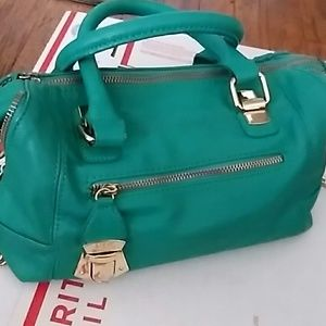 STEVE MADDEN PUC GREEN BAG GOLD HARDWARE